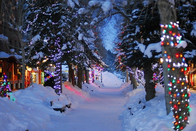 Best Places For Christmas In Usa.6 Best Places To Visit In Usa For Christmas Travelomama